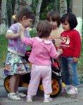 Нужны ли малышу друзья?